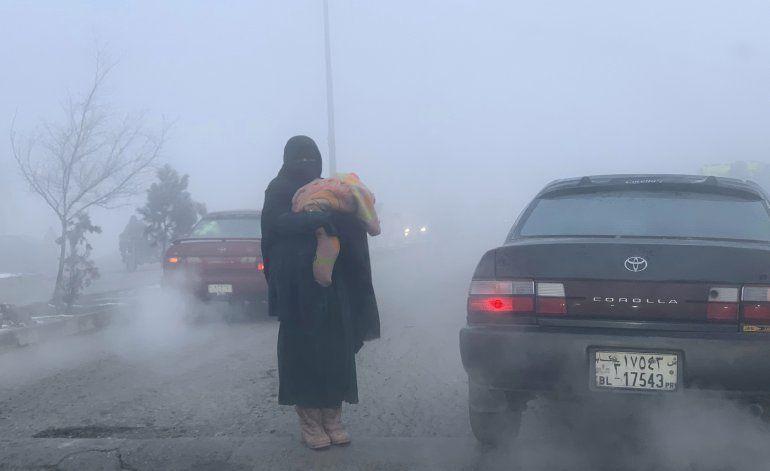 Funcionario: Avalanchas causan 21 muertos en Afganistán