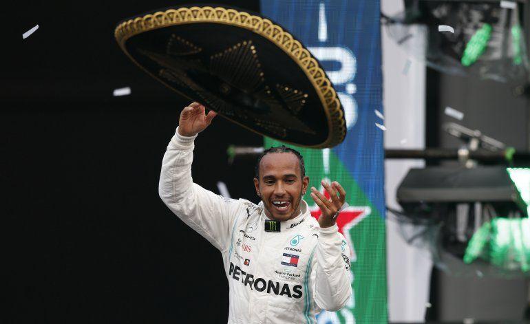 Hamilton dice que no siente grandes presiones por 7mo título