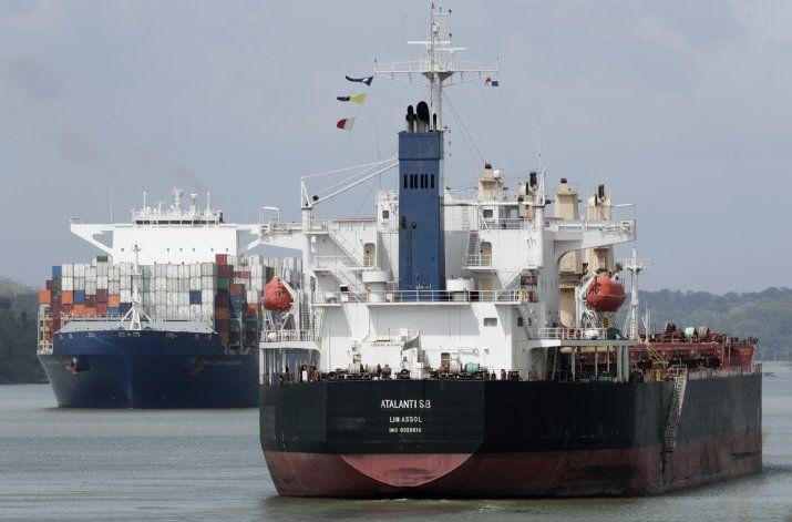 Ante crisis del agua, Canal de Panamá cobrará por su uso
