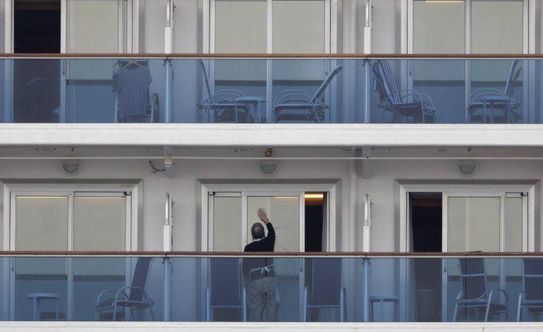 EEUU repatriará a sus ciudadanos en crucero aislado en Japón