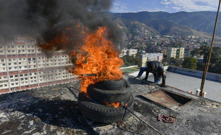 Venezuela realiza ejercicios militares en las ciudades