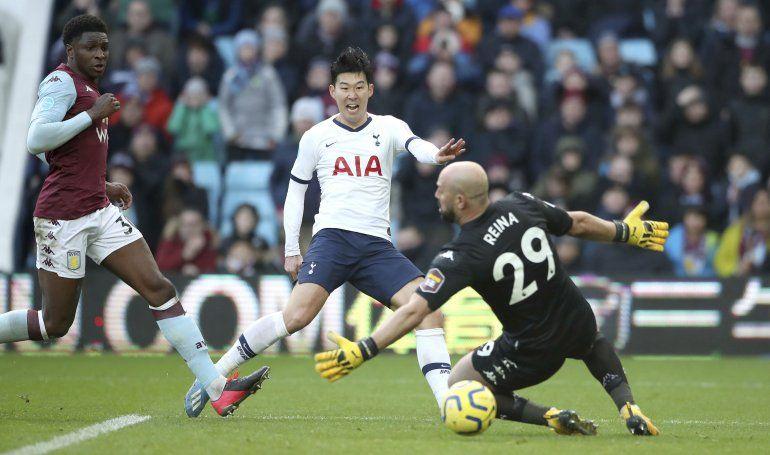 Tottenham gana y ya es quinto de la Premier