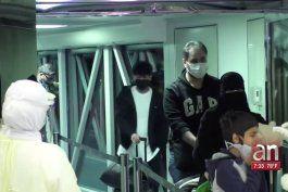 ciudadanos evacuados del crucero diamond princess  llegan a los estados unidos