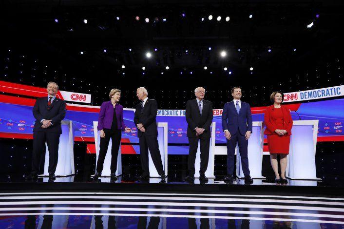 Todo listo para debate demócrata, el primero con Bloomberg