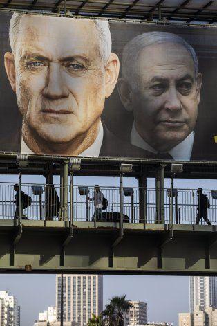Israel investigará empresa de candidato opositor Gantz