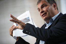 fiscalia ecuatoriana entrega pruebas para caso correa