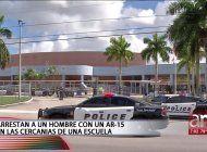 arrestan a un hombre con un ar-15 en las cercanias de una escuela