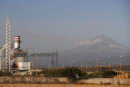 mexico: planta termoelectrica inconclusa causa discordia