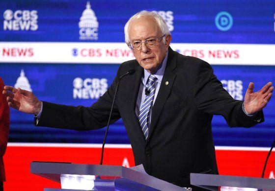 El senador Bernie Sanders reiteró sus elogios al sistema educativo cubano