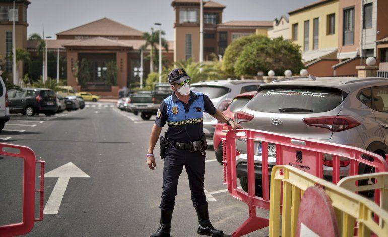Temor a coronavirus deja a turistas atrapados en España