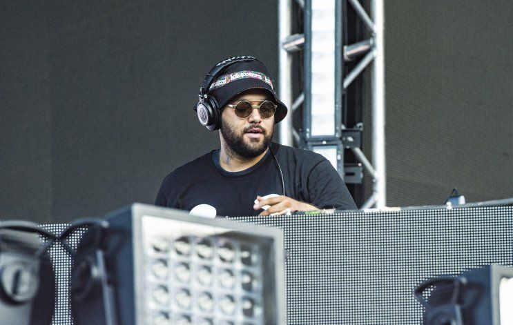 """DJ Deorro: """"Quiero darles un ejemplo como latino"""""""