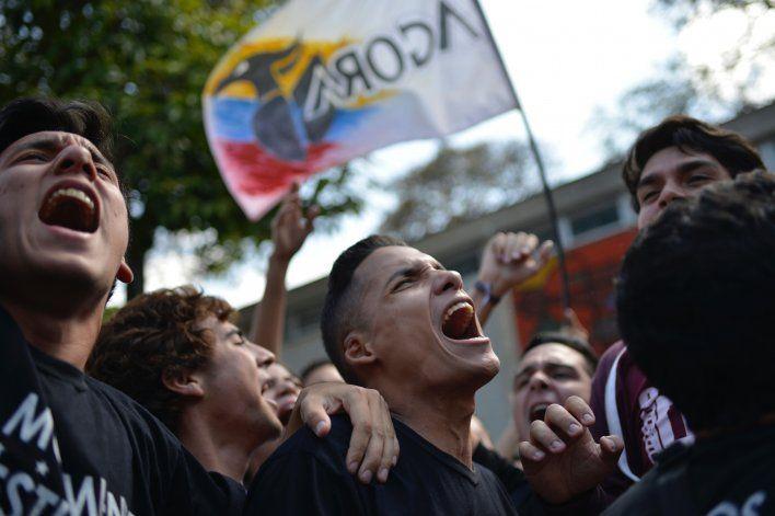 Venezuela: universitarios protestan contra Tribunal Supremo