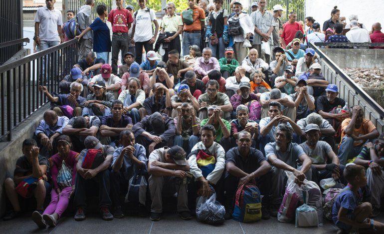 Los venezolanos luchan por consumir suficiente comida