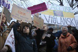entregan premios cesar en medio de protestas contra polanski