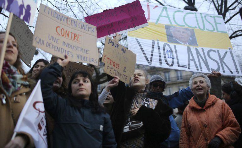 Entregan premios César en medio de protestas contra Polanski