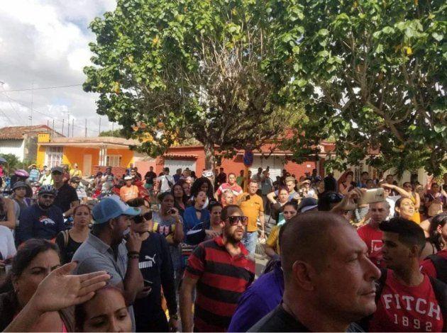 Nuevos detalles sobre la multitudinaria protesta de cuentapropistas en Santa Clara