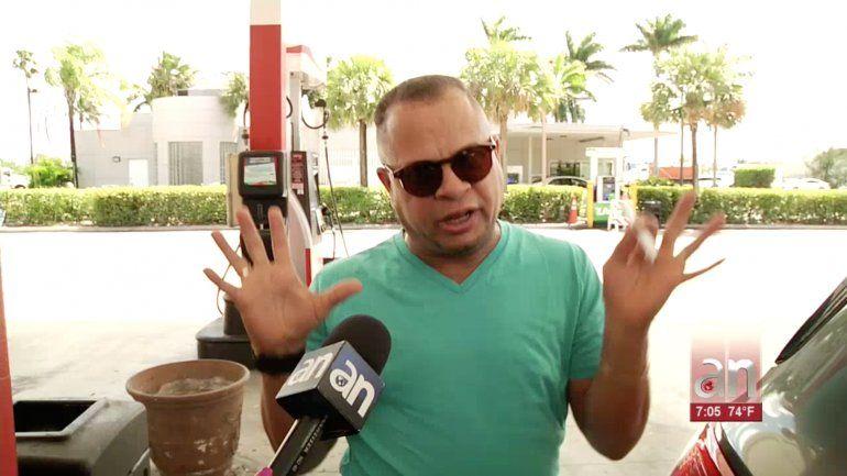 Residentes de Miami abarrotan las tiendas y gasolineras por miedo a un toque de queda