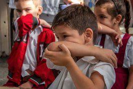 regimen pide a ninos cubanos que lleven su pedacito de jabon a las escuelas