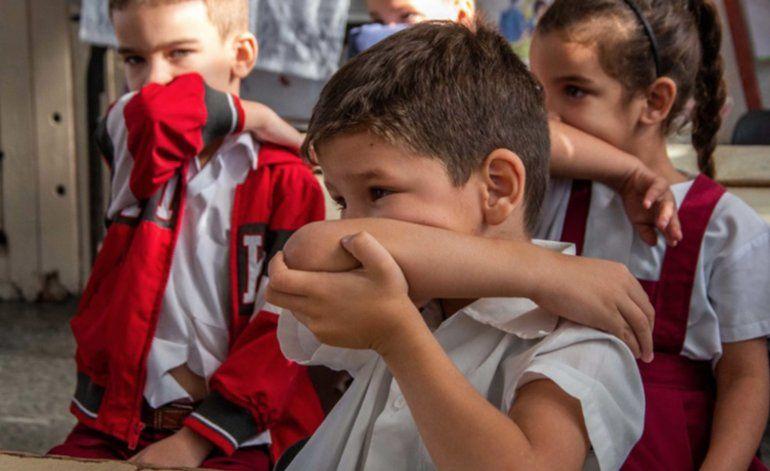Régimen pide a niños cubanos que lleven su pedacito de jabón a las escuelas por el Coronavirus