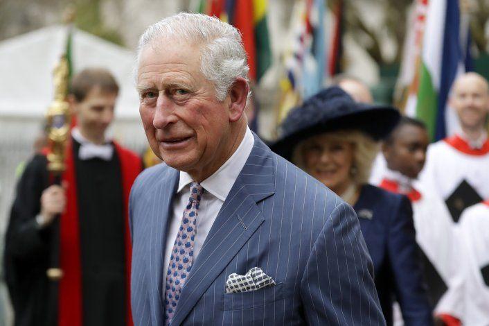 El príncipe Carlos de Inglaterra tiene el coronavirus