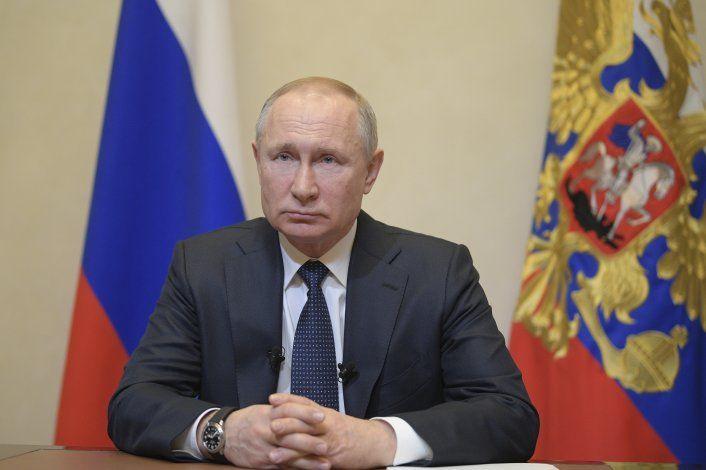 Putin pospone referendo sobre enmiendas constitucionales