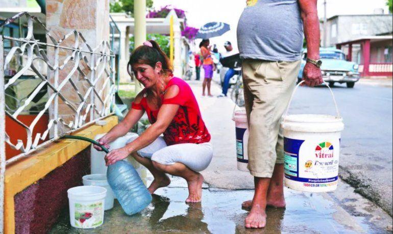 Cuba enfrenta déficit de agua en plena crisis por el coronavirus