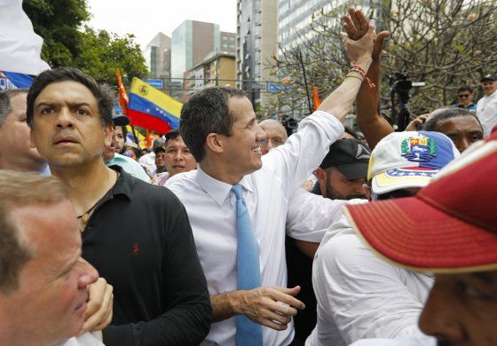 Partidos suscriben pacto unitario con Juan Guaidó