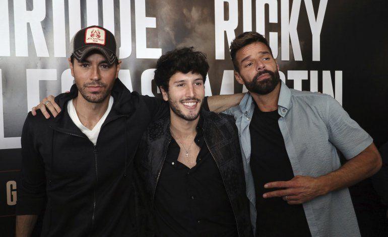 """Yatra busca la esperanza con Ricky Martin en """"Falta amor"""""""