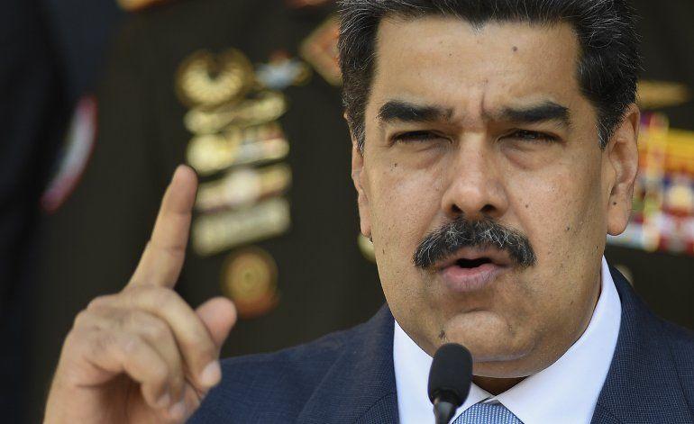 AP EXPLICA: EEUU arrecia acciones para deponer a Maduro