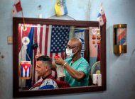 cubanos siguen haciendo largas colas para comprar comida mientras suben a 233 los casos de coronavirus