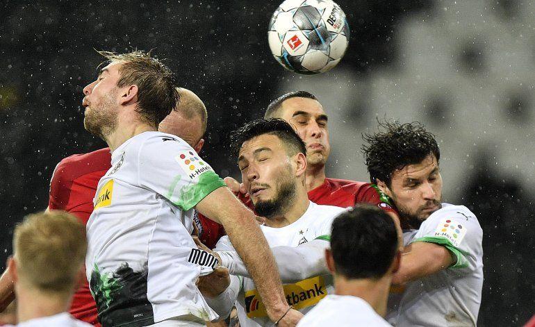 Futbolistas en Alemania se someterían a prueba de COVID-19