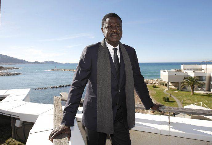 Expresidente del Marsella muere en Senegal por virus