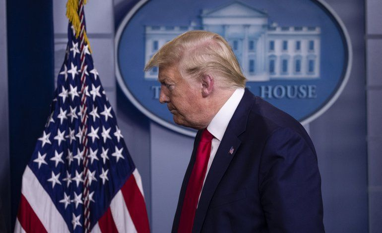 El presidente Donald Trump presentó en la Casa Blanca su plan para reabrir el país