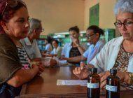 el regimen cubano echa mano otra vez de un tratamiento sin un sustento cientifico demostrable: la homeopatia