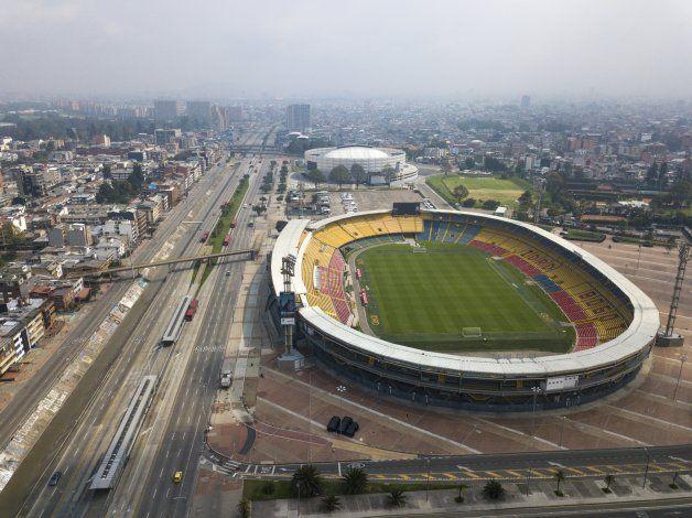 Colombia: Críticas a Santa Fe por suspender pagos a mujeres
