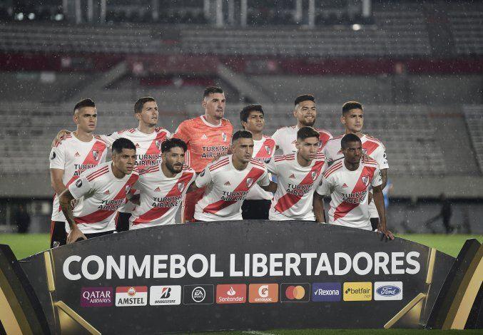 CONMEBOL ya piensa en la vuelta del fútbol