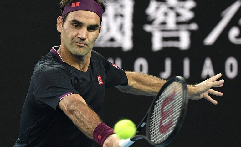 Federer da consejos a tenistas amateur por redes sociales