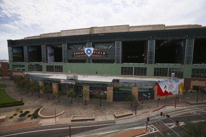 Opción de jugar en Arizona intriga a peloteros y managers