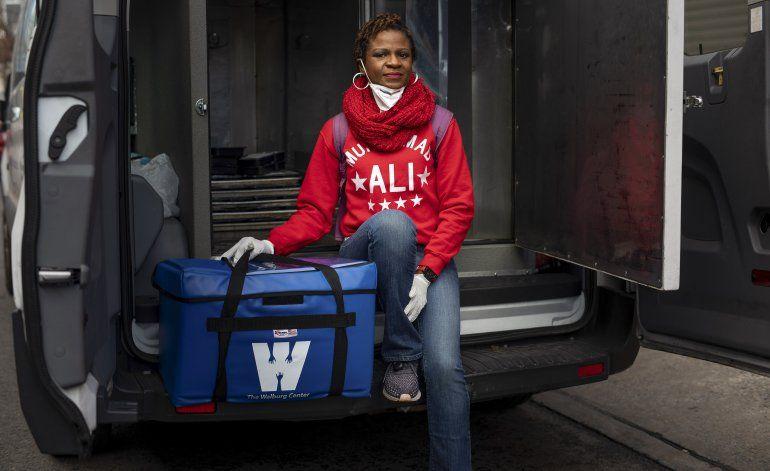 24 horas en la vida, y la muerte, de NY, durante pandemia