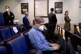 realizan pruebas de covid-19 a periodistas en la casa blanca