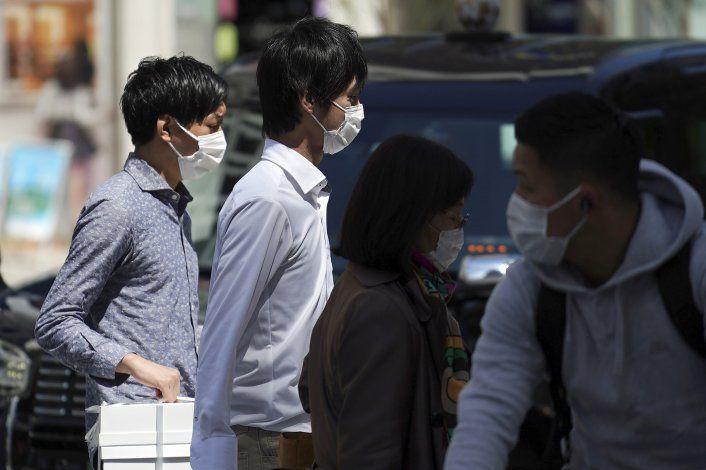 Cifra mundial de muertes por coronavirus llega a 100.000