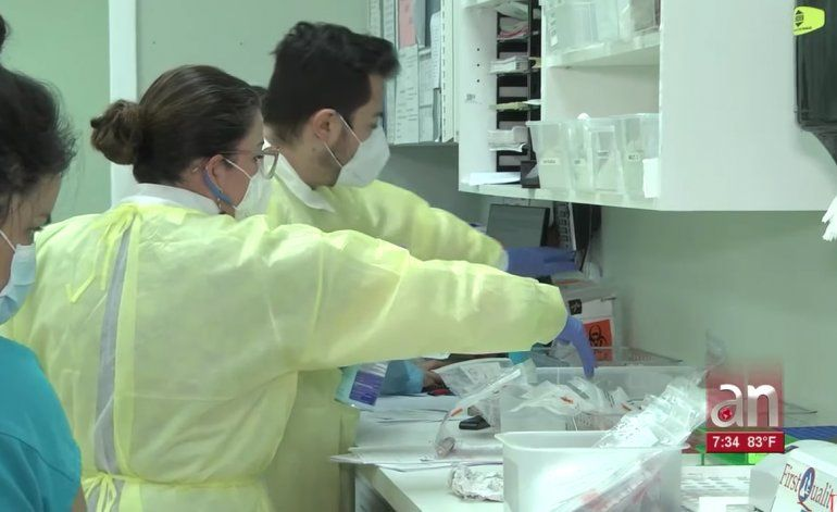 América Noticias tiene acceso a laboratorio de Miami que analiza pruebas rápidas de Coronavirus