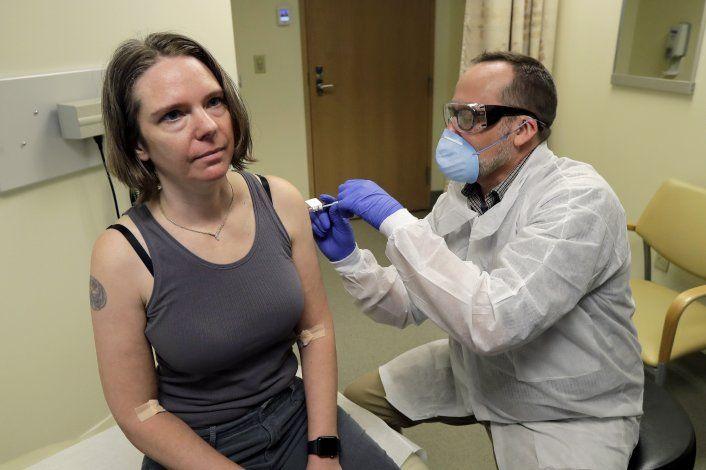 La vacuna contra el coronavirus está cada vez más cerca y muchos residentes la esperan con ansias