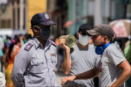 cuba anuncia que regresara poco a poco a la normalidad tras azote del coronavirus