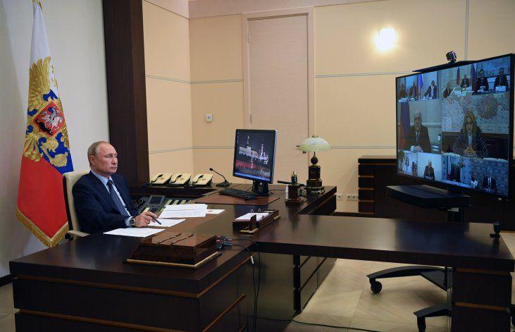 La pandemia empieza a ceder en Rusia, dice Putin