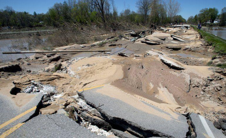 Inundaciones en Michigan provocan otra ronda de evacuaciones