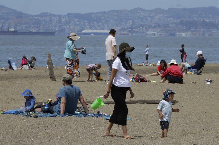 EEUU: Con feriado, muchos temen resurgimiento de coronavirus