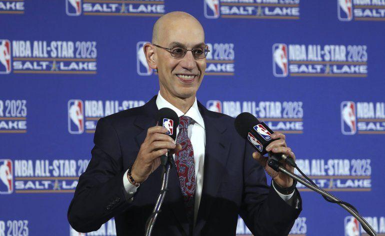 NBA sostiene conversaciones con Disney para reanudar campaña