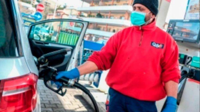 Comienza ligero aumento del precio de gasolina con la reapertura