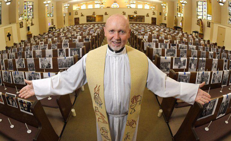 California plantea normas para reabrir lugares de oración